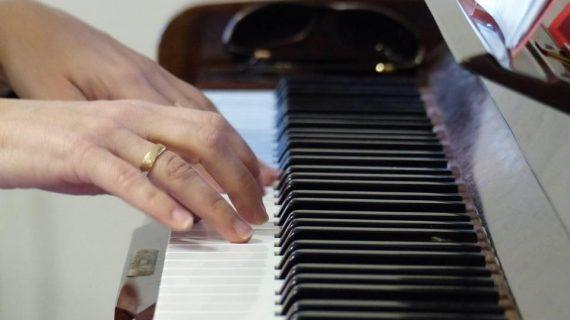 על חשיבות האלתור בשיעורי פסנתר